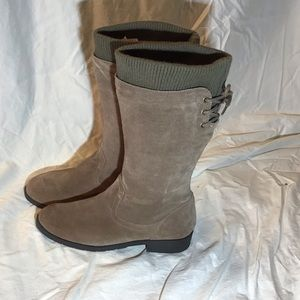 Land's End suede tan boots, EUC, size 7M